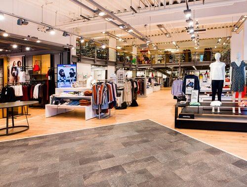 Mücke Filiale Regensburg im KÖWE Schuhe, Mode & Marken