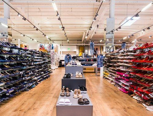 Große Auswahl an Damenschuhen bei Schuh Mücke in Rödental bei Coburg