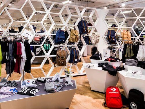 Unsere Abteilung Sportbekleidung & Sneaker in Bischberg-Trosdorf